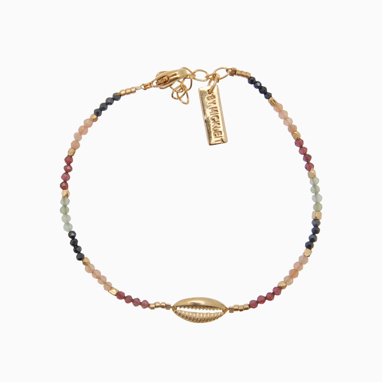 Armbånd af gemstones m. guld konkylie, multifarvet | no. 130