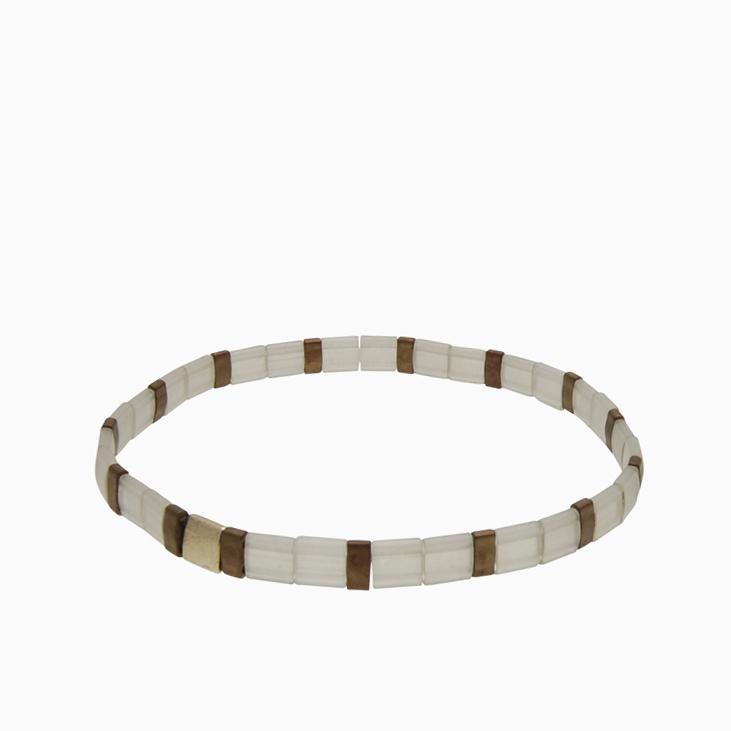 Armbånd  med fine firkantede perler | no. 154