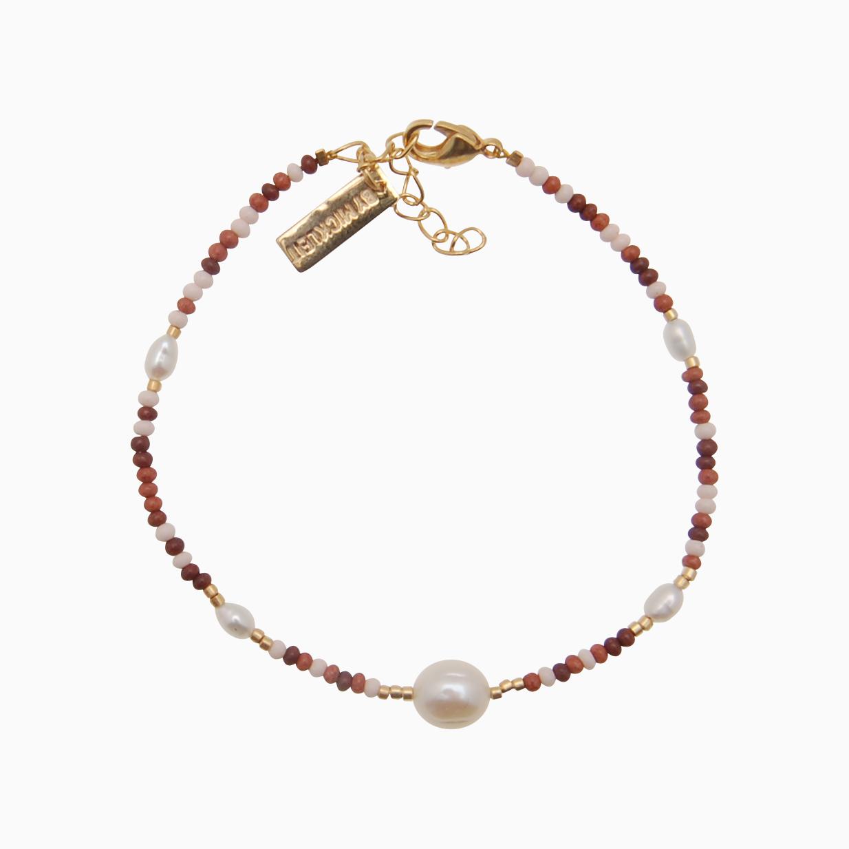 Perlearmbånd m. seed beads og stor baroque perle, multi brun | no. 99 – DESVÆRRE UDSOLGT